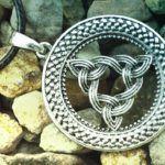 Amuletos y Símbolos Vikingos explicados 🕈
